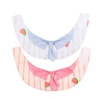 Les colliers de chat mènent la serviette de la salive de l'animal et de chien Triangle Triangle Écharpe petit collier pur coton matériau confortable beau