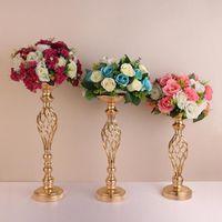 10 adet / grup Altın Çiçek Vazolar Mumluklar Raf Standları Düğün Dekorasyon Yol Kurşun Masa Centerpiece Sütun Parti Şamdan