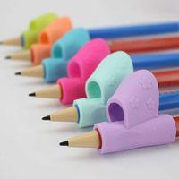 Autres stylos 3pcs / Set Magic Enfants Silicone Porte-crayon STYEN D'ÉCRIT DE L'AIDE GRIP POSTURE POSTURE DISPOSITIF OUTILISANT TOYS STATIONNAIRES TOYS R58N