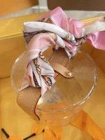 Kozmetik Çantası Vintage Çiçek Organik Cam Malzeme Bayan Küçük Kılıflar Rastgele Şerit Bayanlar El Çantaları Mini