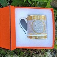 2021 Mugs de design classique UnisexeCoffee tasse de haute qualité maison de luxe bouteilles d'eau de luxe