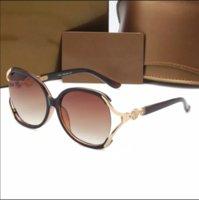 Nuevo diseño para hombres Lujo 825 Gafas de sol Moda Clásico UV400 Alto Calidad Al Aire Libre Conducción Playa Ocio