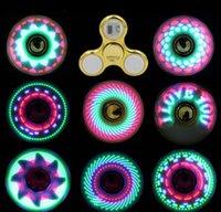 Guanti Cool Codest LED Light Cambiando Fidget Spinner Giocattolo Giocattoli per bambini Cambio automatico Pattern Pattern 18 Stili con Rainbow Up Mano Spinner