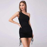2021 디자이너 패션 여성 여성 섹시 민소매 조끼 엉덩이 치마 하나의 대각선 어깨 주름 붕대 니트 드레스