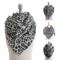 Женщины Leopard Paisley Triangle Scarf с зажимным шейным теплом PONCHO PALL WORK
