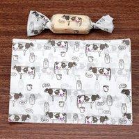 500 pcs / lote dos desenhos animados leite de leite vaca festa de ordenha nougat embrulho papel batismo açúcar embalagem doces presente branco torcendo cera