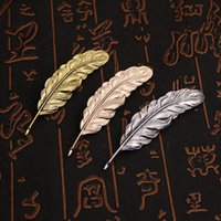 Metal Alloy Leaf Brooch Feather Pins Antique Silver Gold Plated Suit Accessories Woman Men Lapel Pin Brooches Jewelry Gifts