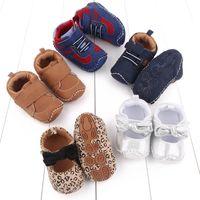 Baby Scarpe First Walkers Toddler Calzature per bambini Fotogne Neonati Ragazzi Ragazze Casual Sneakers in pelle Leopardo Bows Primavera Autunno Mocassini morbidi B7369