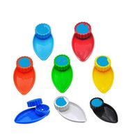 Cookies Smoking Accessories 40mm Grider With Funnel 2 in 1 Grinder Leaf Shape Plastic Vape Cigarette Herb Griders 2in1