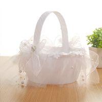 20x20 cm Lüks Beyaz Tema Parti Dekorasyon Dantel Saten Gelin Taşınabilir Çiçek Sepeti Düğün Centerpieces için Petal Tutucu