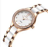 Crystal Diamond Céramique Bezel Quartz Womens Montres confortables Band Hardlex Montres-Bracelet