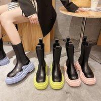 Stivali Pre-vendita Prodotti Donne Moda Scarpe da moto Design Design Abbigliamento Spessore Pompe di fondo di alta qualità