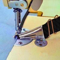 Taglie Binder per Macchina da cucire industriale Overlock Cartella Binding of Curve Bords Bias Lockstetch piede cucire Piedi Piedi Strumenti di nozioni