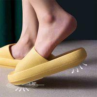 Trend 4 cm Ferse dicke Sohle Indoor Frauen Bad Hausschuhe EVA AG + Antibakterielle Liebhaber Plattform Schuhe Rutschfeste Damen Gleitrutschen Sandalen 210325
