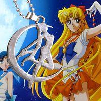 Animasyon Takı Sailor Moon Kolye Moda Gümüş Kaplama Alaşım Kolye Noel Hediyeleri Için Bütün 12 adet / grup