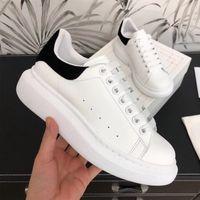 النساء جلد طبيعي عارضة أحذية MC منصة شقة مريحة أحذية رياضية بيضاء للطلاب الأزواج C0508