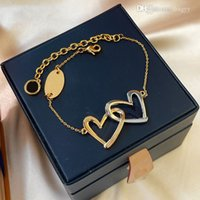 Love Bracelet Designer Charm Bracelets Letter lvs high-quality Luxury Screw louiss Bangle Party Wedding Couple Gift Fashion Jewelry a1
