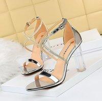 En Kaliteli Kadın Ayakkabı Kırmızı Dipleri Yüksek Topuklu Seksi Sivri Burun Taban Pompalar Gelinlik Ayakkabı Çıplak Siyah Parlak 34-42 BG172-013