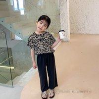 Fashion Kids Leopard Ropa de grano conjuntos de chicas sonrientes cara de cara camiseta de manga corta + pantalones sueltos 2pcs Trajes de verano de verano Q0181