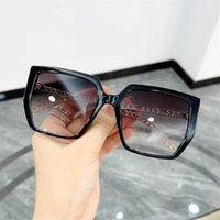 Moda Kadın Erkek Güneş Gözlüğü Boy Çerçeve Güneş Gözlükleri Gözlük Anti-UV Gözlükler Alaşım Zincir Tapınak Gözlükler Süs A ++