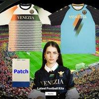 21 22 Venezia FC Fussball Trikots Zuhause ARAMU Forte Fiorordino Peretz Heymans Tessmann Crnigoi 2021 2022 Mariano Johnsen Mazzocchi Football Shirts ADUKT Kids Kit