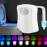 LED-Toilettensitz Nachtlicht Induktionslampe Bewegungssensor WC-Lampen 8 Farben variable Hintergrundbeleuchtung für Toiletten verwendet