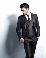 Moda Vola Vestita Mens Abiti da sposa Shawl Risvolto Scialle Mens Tuxedos Groom Suits Attiti a tre pezzi (giacca + pantaloni + giubbotto + cravatta) Y0UF #