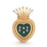 Зеленые серьги в форме сердца в форме сердца
