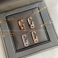 G-Type Single Diamond Light Lusso Piccola Folla Scorrimento Elegante Collana Collana Catena Clavicola Advanced Sense 18K Diamante intarsiato gioielli