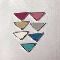 Multicolor Brief Dreieck DIY Schmuckkomponenten Zubehör mit Stempel Metallleder Zubehör für Tasche Tuch Jewellry Großhandel