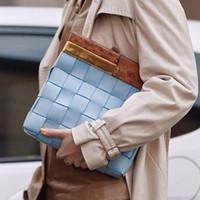 Frauen Clutch Bag Mode Personalisierte Holzgriff Strick Qualität Pu-Leder Damen Große Kapazität Totes Abendtaschen