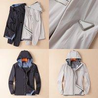 TopStonee Konng Gong Spring и Летняя тонкая куртка бренд пальто Открытый солнцезащитный ветровка солнцезащитный крем одежда водонепроницаемый с капюшоном вскользь плюс треугольник размер 48-56