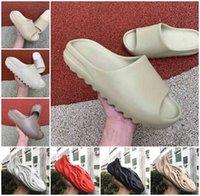 2021 kanye sandals shoes high quality foam runner triple black white red Slide bone resin desert sand earth brown men women slipper sneakers