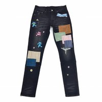 2021 Jeans Hombres Pantalones Largo Daño Negro Little Osos Rompe Holido Patch Pentagram Snake Bordado Straighty Designers Para Hombre Ropa