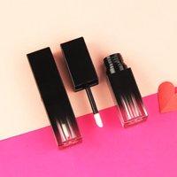 Wholesale пустые пользовательские частные этикетки жидкая помада контейнер для губ глянцевый палочка трубка квадратная упаковка исчезает black1