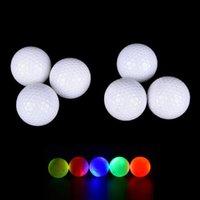 Golf Balls 4 Шт. Мигает Светящаяся ночь Светка Света Светодиод Средства Семь Цветов Светящиеся