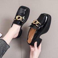Slippers Casual Female Shoes Med Square Heel Rivet Women Heels Cover Toe Slides Luxury 2021 Summer Block High Metal Decoration P