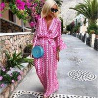 BOHO Kadınlar Geometrik Baskı Plaj Elbise Kelebek Kollu V Yaka Dantel-up Bohemian Stil Giysileri 2021 Günlük Elbiseler