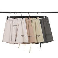 2020SS Miedo a Dios Pantalones cortos Pantalones Pantalones Esenciales Casoles Pantalones impresos con letras con bucles sueltos y niebla de hip-hop para mujer de verano reflexivo de verano.