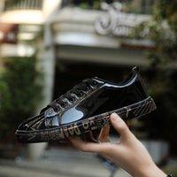 أزياء الربيع والسقوط العدائين الأحذية الرياضية للرجال النساء في الحديقة أحذية رياضية في الهواء الطلق المدربين هدية حجم كبير 36-45