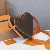 أعلى جودة المرأة لعبة على كوك كتف حقيبة براون الزهور جلد طبيعي المرأة حقائب صغيرة محفظة الأحمر القلب مضغوطة أكياس المصممين