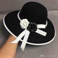 공식적인 넓은 브림 화이트 블랙 플라워 페도라 모자 진주 밴드 100 % 양모 펠트 플로피 숙녀 웨딩 교회 모자 돼지 고기 Trilby 모자