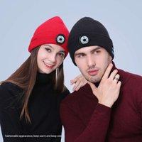 Winter Beanie Chapéu Unisex Macio Macio Sem Fio Bluetooth 5.0 Smart Cap Headphone Estéreo Headset com LED Light Opp Bag