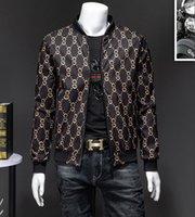 PLUS Taille Fashion Hommes Veste Lettres Imprimer Slim Fit Bomber Jacket Men's Zipper à glissière Vestes Homme Casual Coat
