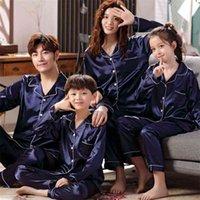 Família pijama conjunto de seda cetim adulto mulheres crianças combinando roupas crianças dormir duas partes loungewear plus 210805