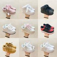 أحذية أطفال رياضية الفتيات الفتيان الفتيان في سن المراهقة الأزياء سكيتينغ أحذية رياضية منخفضة أعلى تشغيل عالية أعلى طفل الشباب لطيف Sportshoes كلاسيكي يبتسم عارضة EUR22-35