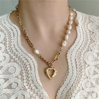 Hollow Peach Heart Pendant Necklaces French retro baroque special-shaped pearl stitching love titanium steel light luxury niche clavicle chain design Neck Jewelry