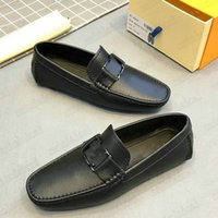 2021SS Monte Carlo Mocassin Mess Designer Mocasines Zapatos Slip-On Luxurys Vintage Business Metal Button Cuero Marca Oxfords Vestido Casual Zapato para Hombres