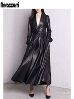 Nerazzurri alta qualidade vermelho maxi preto couro trenchcoat para mulheres longas mouwen extra longo contornado sobretudo plus size moda