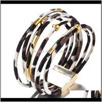 Moda 3 Colori Bracciali in pelle Leopard per le donne Bohemian Multilayer Braccialetti Braccialetti Braccialetti Ampio Braccialetto Braccialetto Gioielli Regali PS2394 EKG Q98A2